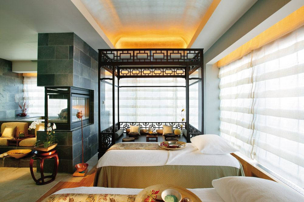 Lux et veritas design mandarin oriental hotel new york for Top design hotels new york