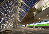 Virginia Beach Convention Center - Dramatic Uplight & Media Screens at Main Registration